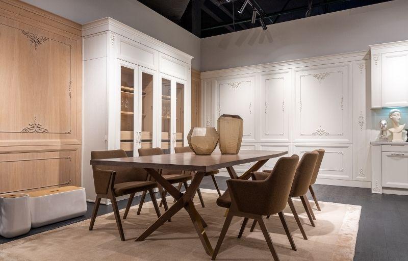 Stoły i krzesła drewniane do jadalni – czy zawsze się sprawdzą?